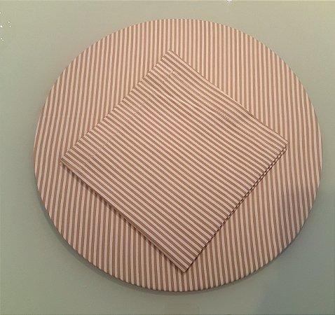 Capa de tecido para sousplat listrado bege e branco