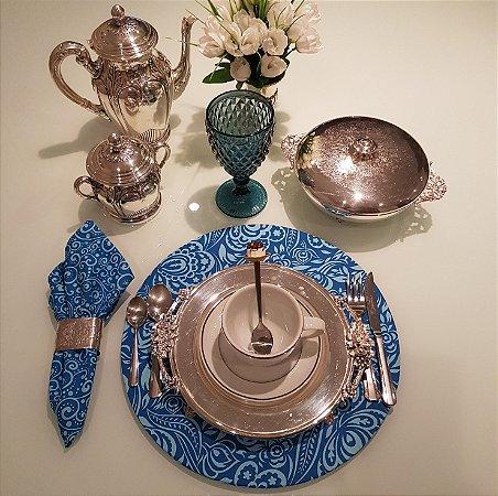 Capa de tecido para sousplat azul arabescos