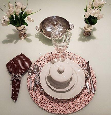 Capa de tecido para sousplat cabo marrom e fundo rosado
