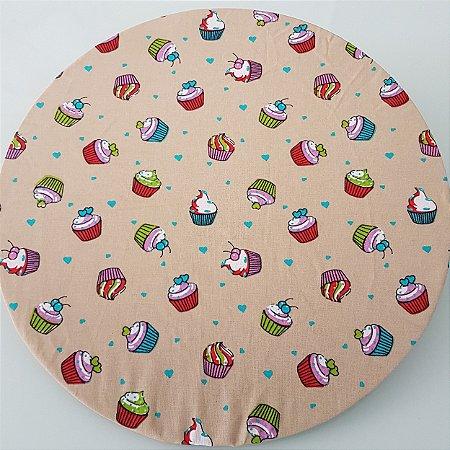 capa tecido sousplat fundo bege com docinhos coloridos