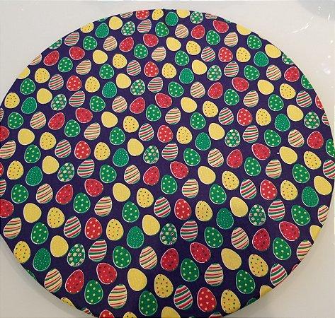 Capa de tecido para sousplat ovos de pascoa fundo azul