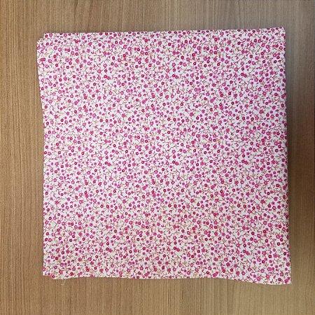 Guardanapo de tecido algodão flores rosas e roxas pequenas 42cm