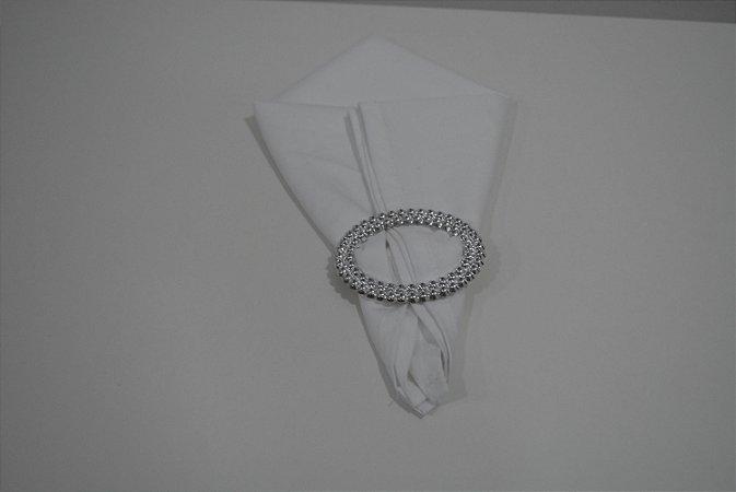 guardanapo branco tecido fino