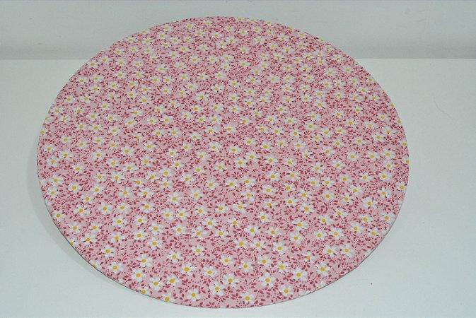 capa sousplat fundo rosa claro com florzinhas brancas