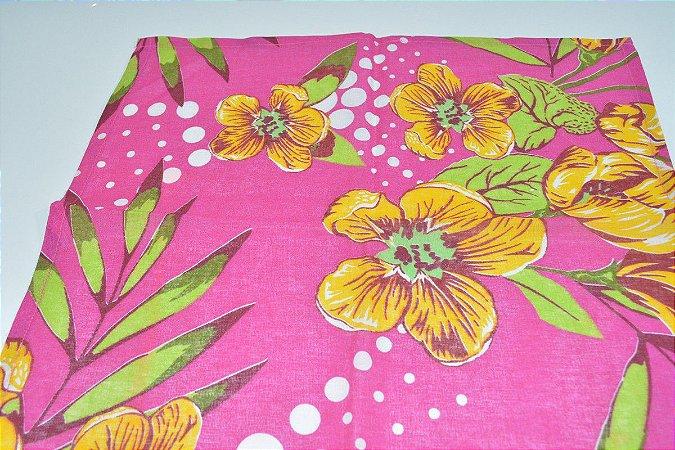 guardanapo fundo rosa com flores
