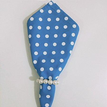 guardanapo de poá fundo azul com bolinhas brancas grandes