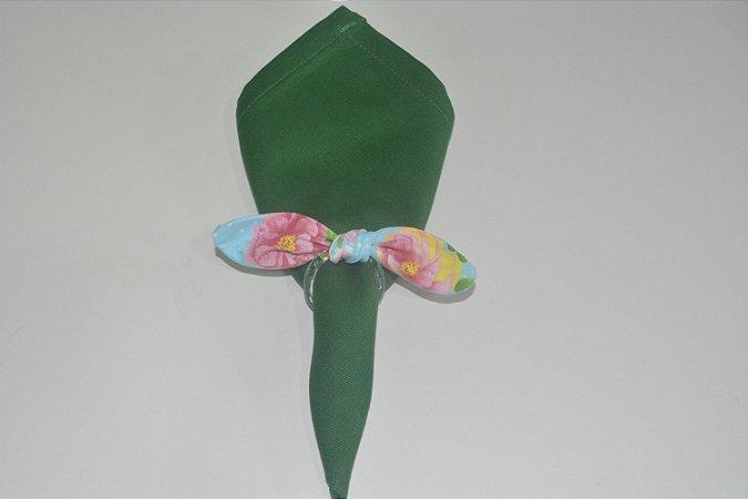 Porta Guardanapo de tecido fundo azul com flores rosas