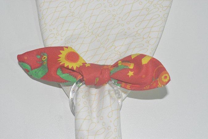 Porta Guardanapo de tecido fundo vermelho com cactos e girassóis