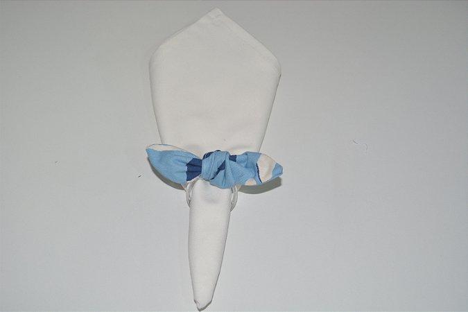 Porta Guardanapo tecido fundo branco com desenhos azul