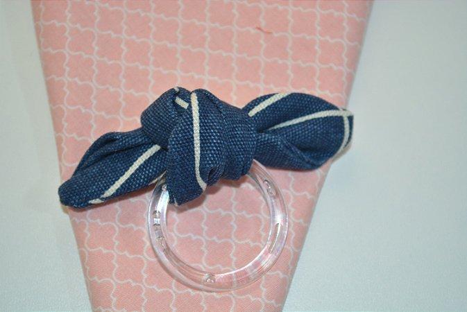 Porta Guardanapo de tecido fundo azul com linhas brancas