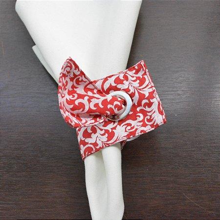 Porta guardanapo de tecido fundo vermelho com arabescos brancos