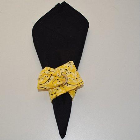 Porta guardanapo de tecido bandana amarela