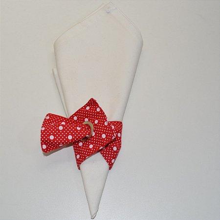 Porta guardanapo de tecido fundo vermelho com várias bolinhas