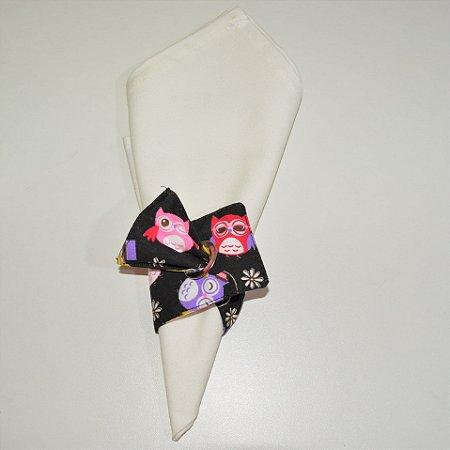 Porta guardanapo de tecido fundo preto com corujas