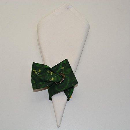 Porta guardanapo de tecido fundo verde com estrelas dourados