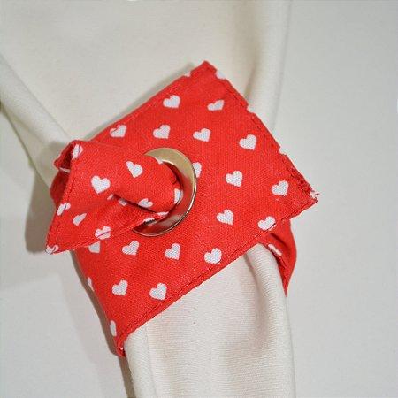 Porta guardanapo de tecido fundo vermelho com corações