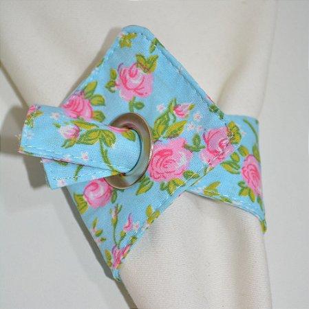 Porta guardanapo de tecido fundo azul com rosas