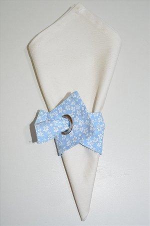 Porta Guardanapo de tecido fundo azul bebê com florzinhas