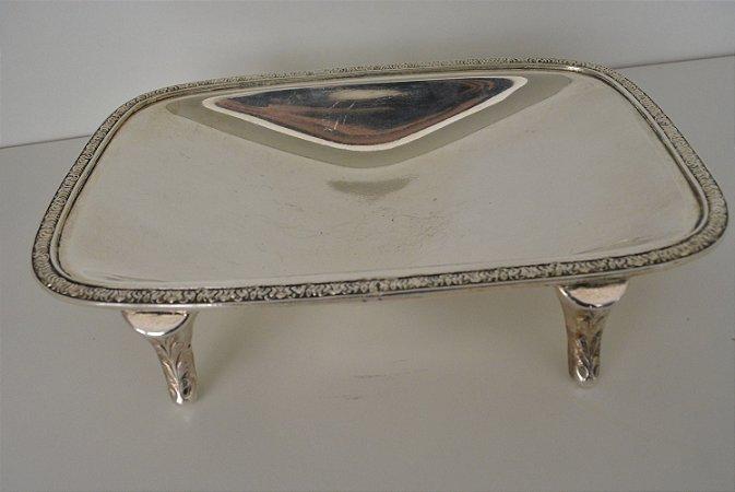 bandeja cesta banhada a prata