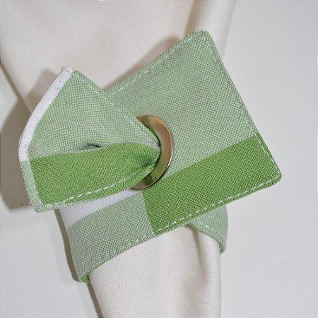 Porta guardanapo de tecido fundo quadriculado de verde e branco