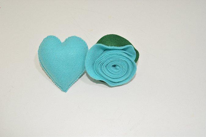 Kit 2 porta guardanapos Feltro flores e coração azul