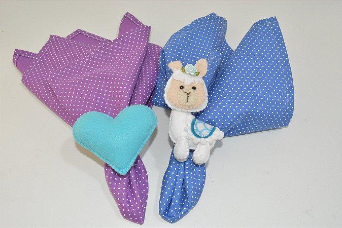 Kit 2 porta guardanapos Feltro Lhama branco e coração azul
