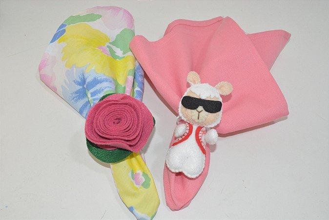 Kit 2 porta guardanapos Feltro lhama branca com óculos e coração