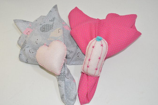Kit 2 porta guardanapos Feltro cacto e flor rosa