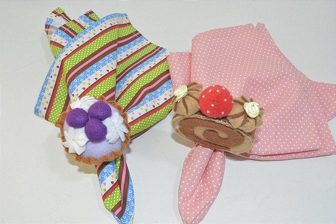 Kit 2 porta guardanapos Feltro rocambole e cupcake
