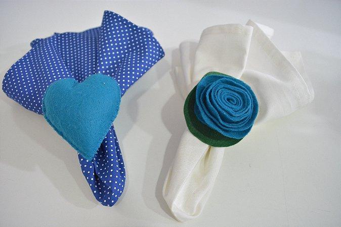 Kit 2 Porta guardanapos Feltro coração e flor azul