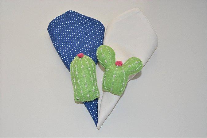 Kit 2 Porta guardanapos Feltro cactos verde com florzinha rosa