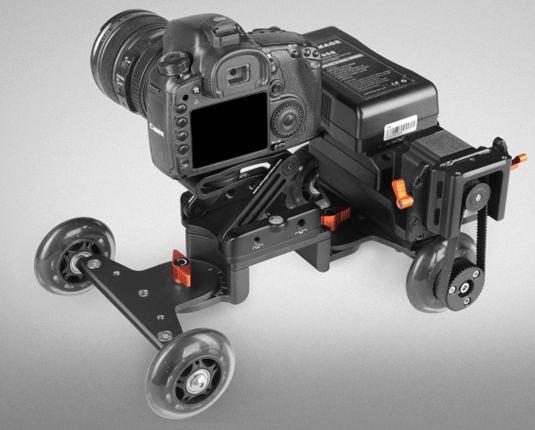 EI-A24M Motorized Cinema Skater