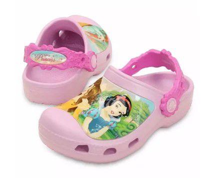 Crocs das Princesas (4 princesas em 1 da Disney)