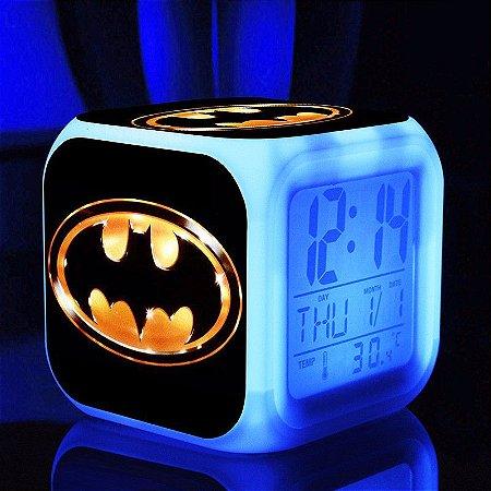 Relógio Despertador do Batman com Iluminação em Led
