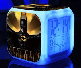 Relógio Despertador do Batman com Iluminação em Led - Estampa 2