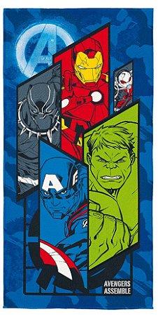 Toalha Aveludada Estampada dos Avengers