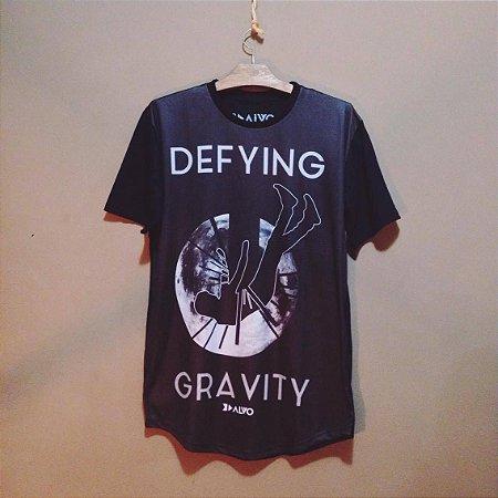 Camiseta Gravity