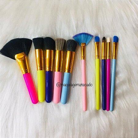 Kit 10 Pincéis para Maquiagem Colorido