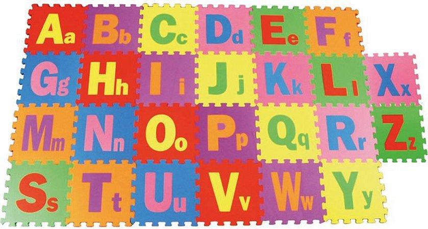 Tapete com Encaixe de Letras em EVA