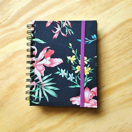 Caderno Artesanal Capa de tecido - Estampa Floral fundo azul marinho