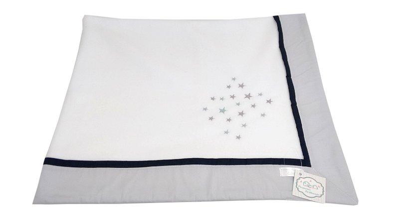Cobertor Soft com Barrado e Bordado Estrelas - Cinza com viés Azul Marinho