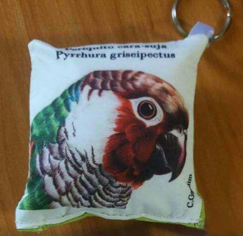 Chaveiro de tecido Periquito-da-Cara-Suja