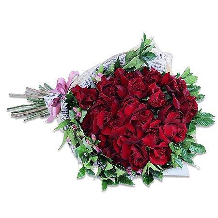 Quitéria com 24 Rosas Colombianas FQ