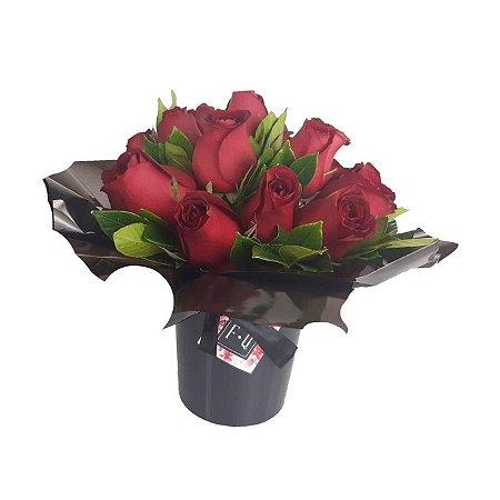La Magie de Rosas Vermelhas com Cachepot Preto