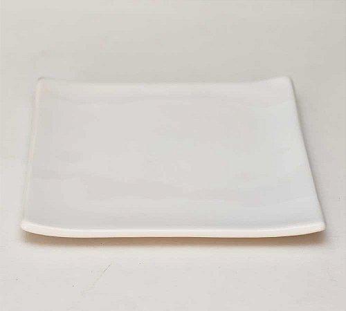 Prato oriental quadrado branco