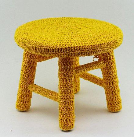 Banco de Crochê Pequeno - Amarelo Escuro