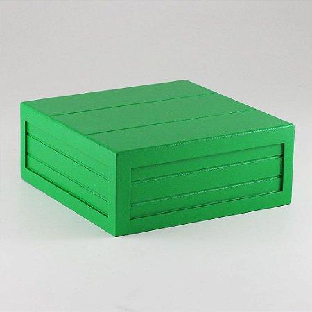Caixa de altura com friso em MDF - Verde escuro
