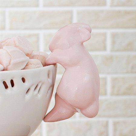 Coelho pendurado - rosa