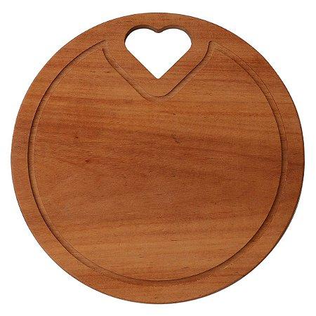 Tábua de madeira redonda com recorte de coração