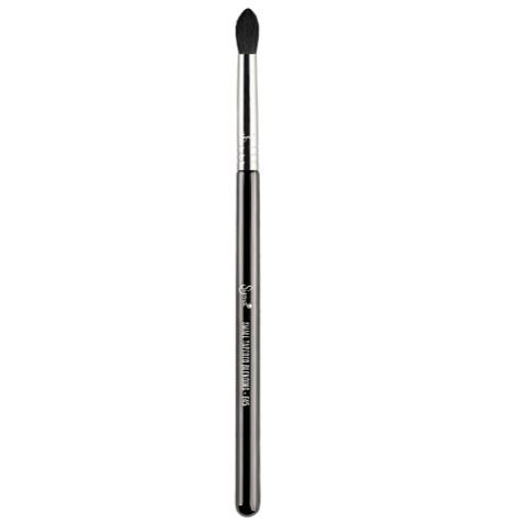 E45 - SMALL TAPERED BLENDING BRUSH